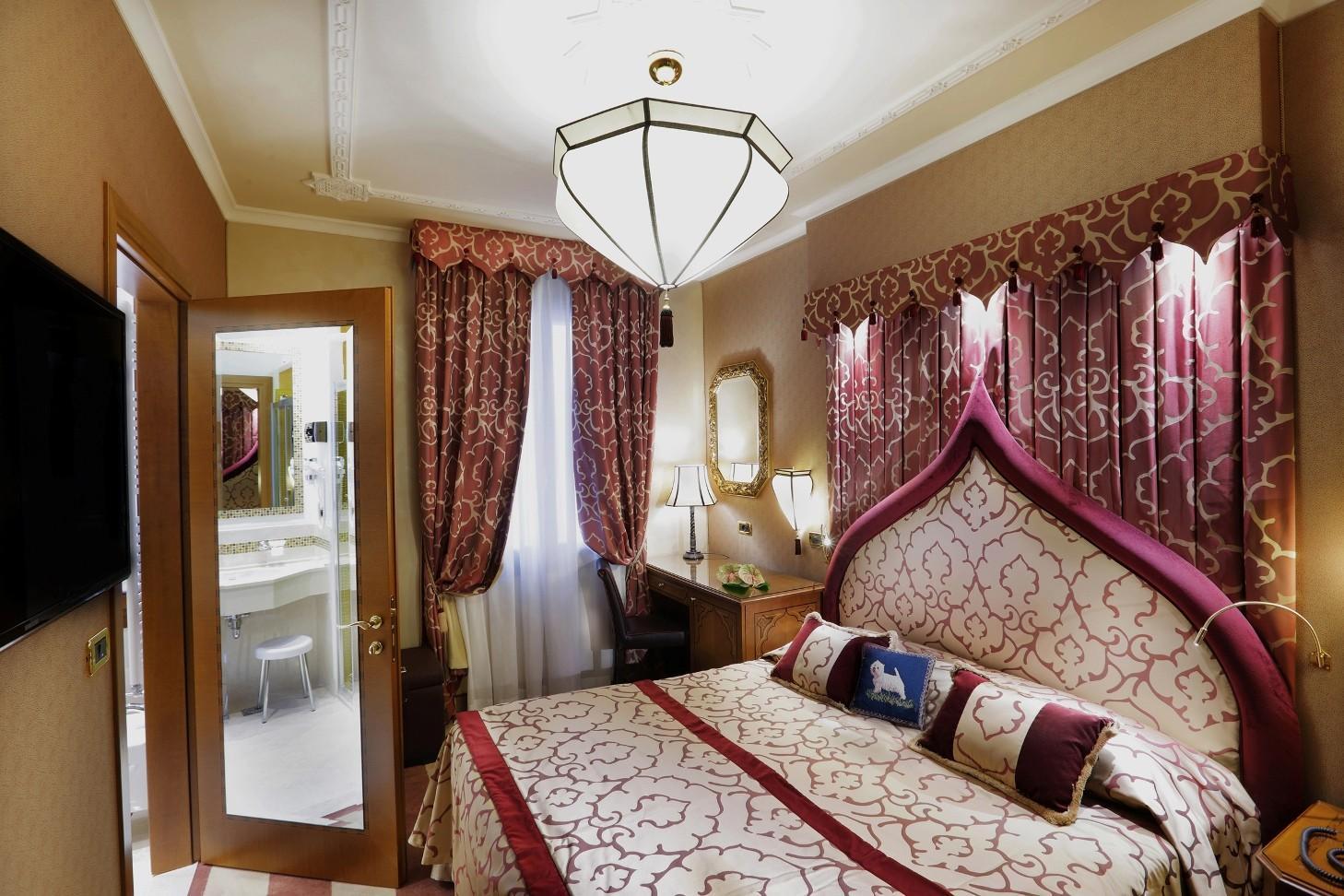 Ai Mori D Oriente Rooms Ai Mori Doriente Hotel Venice